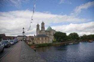 Athlone, Shannon River